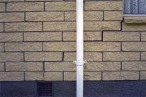 cracked brickwork stepped diagonal cracks